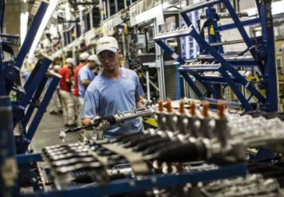 Produção industrial recua em 7 dos 14 locais pesquisados pelo IBGE