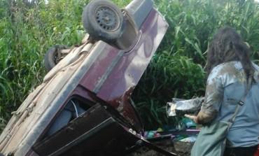 Motorista perde controle e cai em ribanceira em Araucária