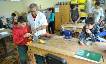 Inscrições para cursos do Complexo Pedagógico seguem até sexta em Araucária