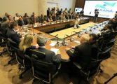 Beto Richa e secretários do Paraná receberão dois salários em fevereiro