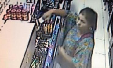 Loja de Araucária é roubada por mulheres; Câmeras filmaram toda ação, veja o vídeo