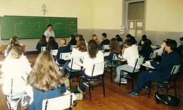 Após fim da greve, escolas estaduais têm 21 dias de aula a serem repostas