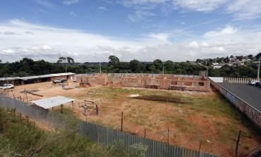 Novo prédio da Escola Elírio começa a ganhar forma em Araucária
