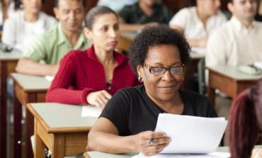 Educação de Jovens e Adultos (EJA) está com inscrições abertas em Araucária