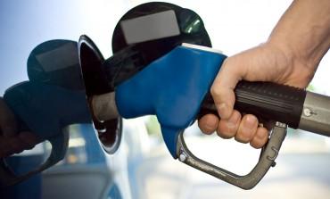 Postos de combustível estão vendendo gasolina por R$2,99 em Curitiba