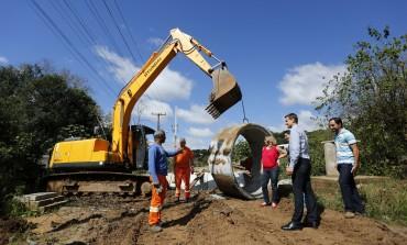 Jardim Sabiá em Araucária está recebendo obras de pavimentação