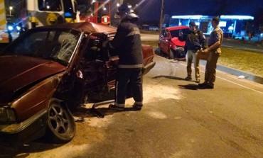 """Motorista """"sem carteira"""" se envolve em acidente em Araucária; 1 pessoa morreu e 3 ficaram feridas"""