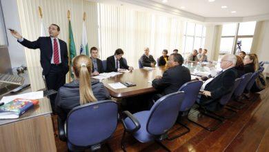 Foto de Prefeitura apresenta cenário financeiro ao sindicato dos funcionários