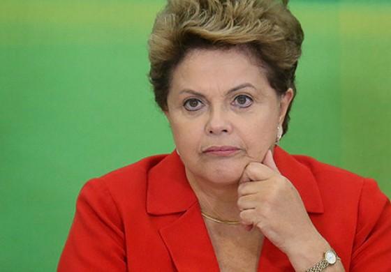 De forma indireta, Dilma diz que repudia violência policial em manifestação no Paraná