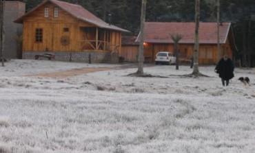 Araucária registra 8,6 °C  na manhã desta sexta. Final de semana temperatura pode chegar próximo dos 0 °C