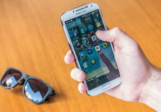 Operadoras de celular são proibidas de bloquear acesso à internet no Paraná