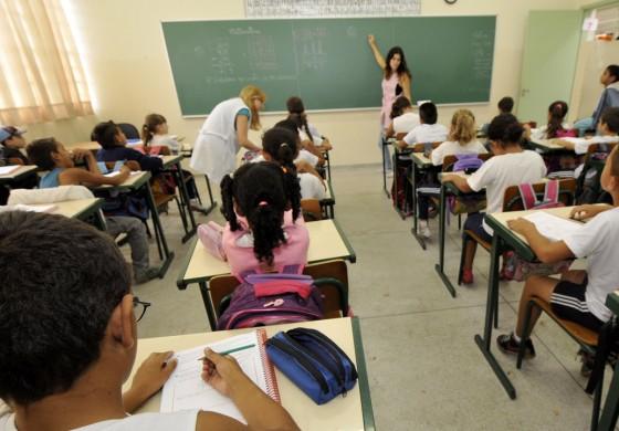 Antes impossível, secretária da Educação diz que sexta aula é hipótese viável
