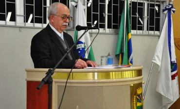 Doutor Dicesar Beches recebe título de cidadão honorário de Araucária