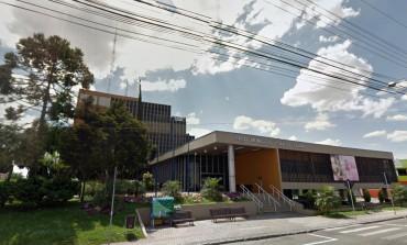 Prefeitura de Araucária vai dar aumento de 8,47% e antecipar décimo terceiro