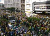 Manifestação em Curitiba tem 240 mil confirmados no Facebook