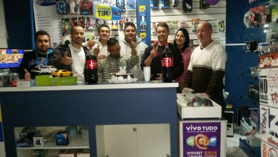 Foto de Grupo de amigos realizam festa surpresa para morador 'especial' de Araucária