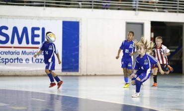 33 gols marcam o início da Copa Araucária de Futsal