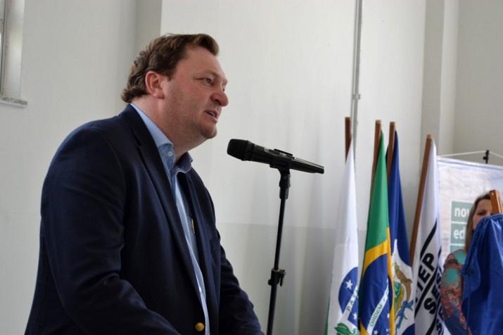 Prefeito veta redução de salários de vereadores em São Mateus do Sul