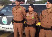 Policiais militares salvam menina de um ano que estava sem respirar dentro do carro
