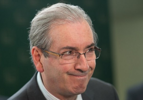 Ministro do STF afasta Eduardo Cunha da presidência da Câmara