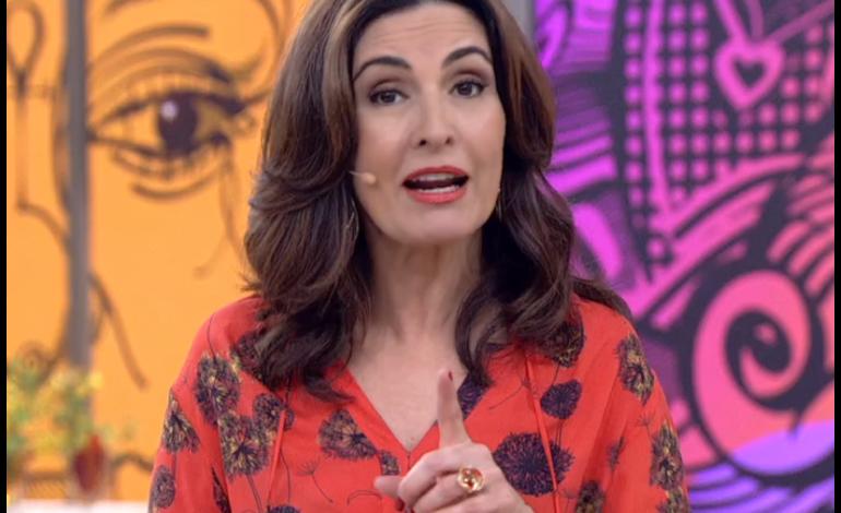 Fátima Bernardes apresenta o 'Encontro' sem aliança e não fala sobre separação
