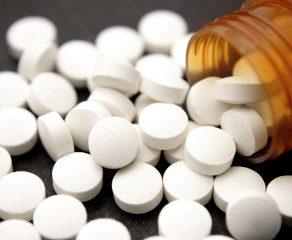 Uma aspirina a cada três dias reduz risco de infarto e AVC