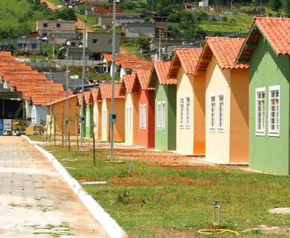 Governo atualiza regulamentos do Minha Casa Minha Vida; público alvo tem renda de até R$ 1,8 mil