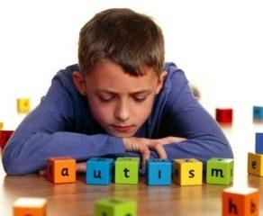 Coluna PSICOLOGIA NO AR - Autismo