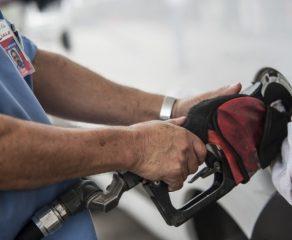 Justiça derruba liminar que suspende aumento no preço dos combustíveis
