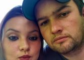 Polícia aguarda na delegacia marido que matou jovem na frente dos filhos; há denúncia de paradeiro