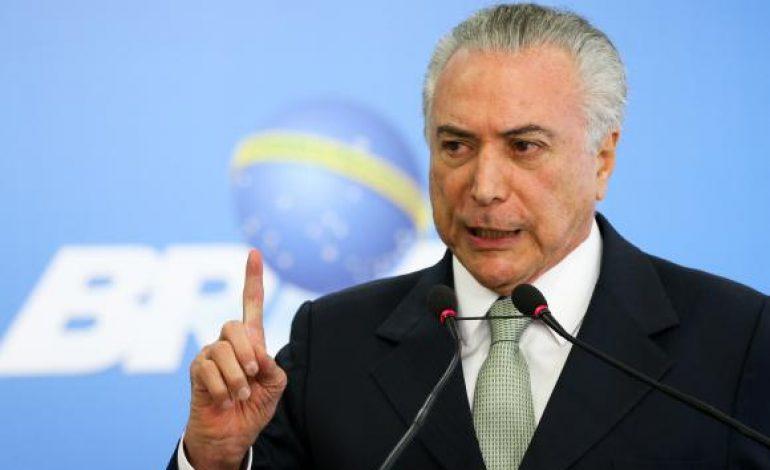 Livre de denúncia, Temer agora vai tentar acelerar aprovação de reformas