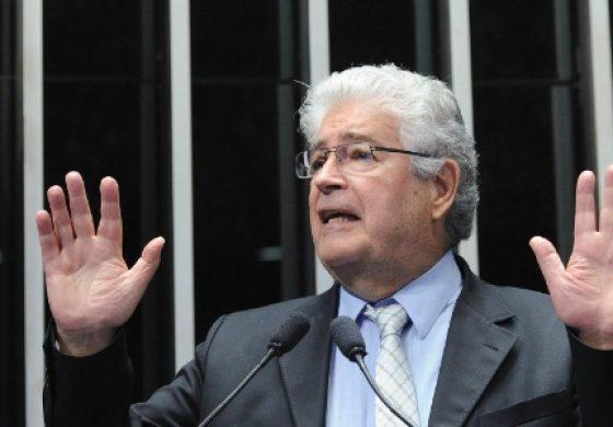 """""""Quero que o PMDB volte a governar o Paraná"""", diz Requião ainda sem definir se será candidato"""