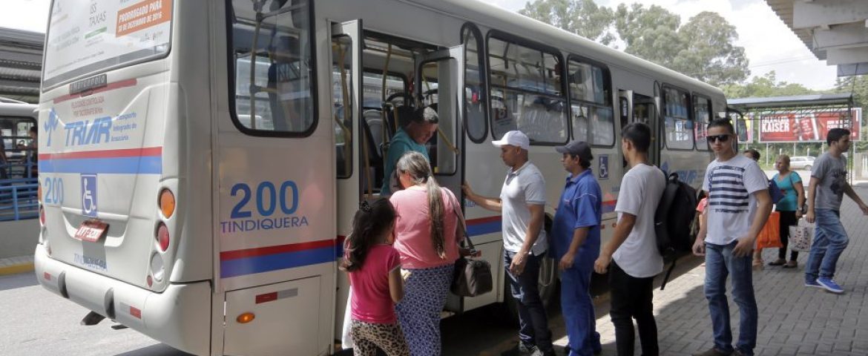 Hissam reduz passagem de ônibus de Araucária de R$ 4,25 para R$ 2,90; Preço valerá para também para integração com Curitiba