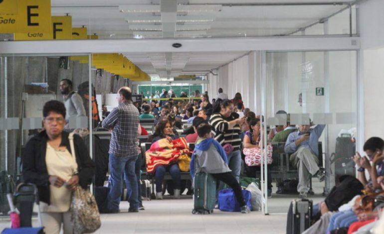 Movimento na Rodoviária de Curitiba já é maior. Veja a previsão de embarques