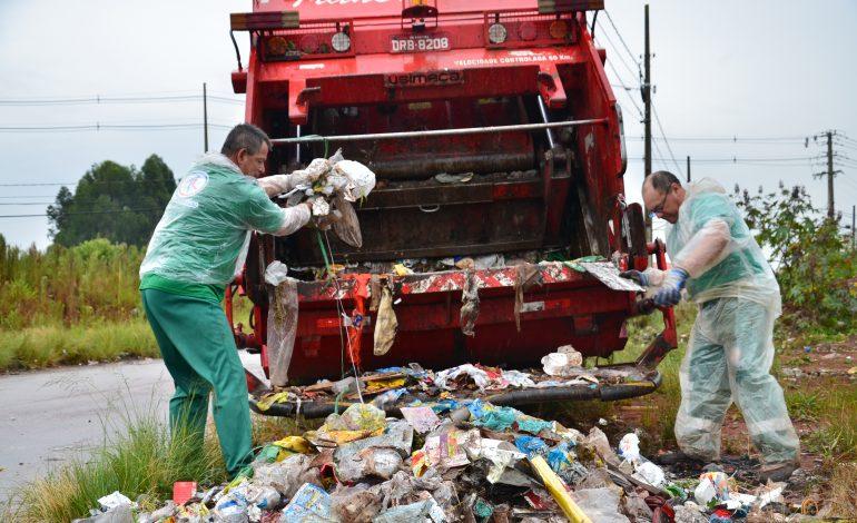 """""""Colaborar"""" com a coleta clandestina de recicláveis pode resultar em descarte irregular de lixo"""