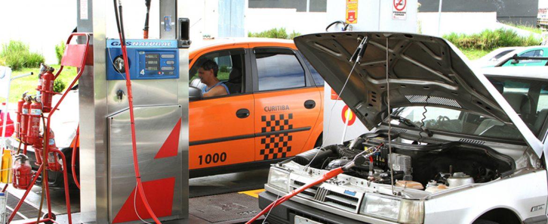 GNV pode gerar economia de até 52% na hora de abastecer o carro