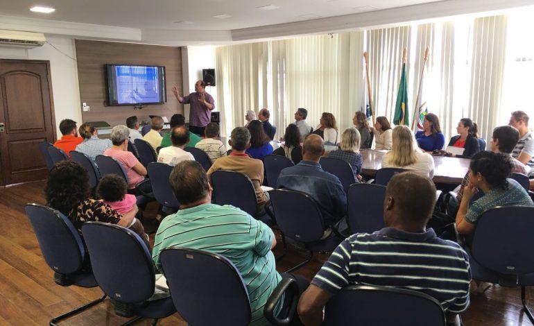Prefeitura esclarece dúvidas de representantes dos moradores e técnicos sobre reestruturação da Saúde