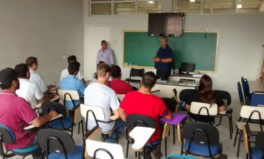 90 trabalhadores passaram por entrevista de emprego nesta quinta (18) em Araucária