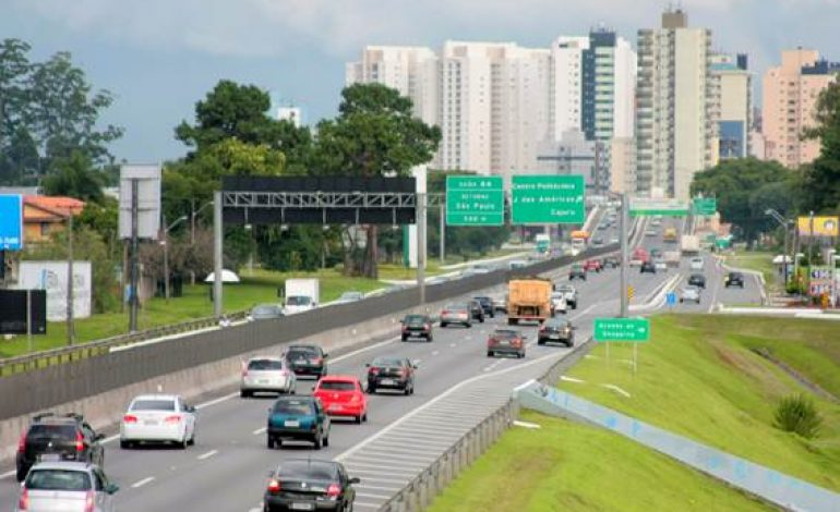Carnaval será de movimento intenso nas rodovias que ligamRegião aos litorais do PR e SC