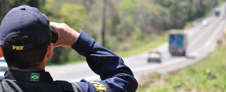 Estradas paranaenses começam a ser monitoradas pela PRF durante feriado; foco será em motoristas