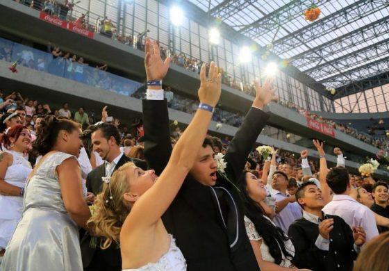 Casamento coletivo vai unir dois mil casais na Arena da Baixada