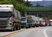 Caminhoneiros prometem parar em todo o país por conta de aumentos no diesel