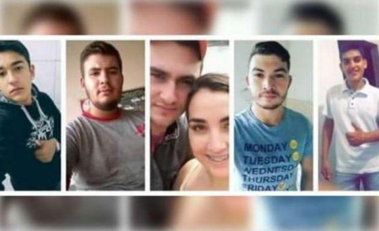 Seis motociclistas morrem na hora após batida com caminhão em rodovia paranaense