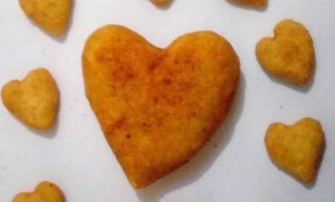 Empresa de Curitiba lança coxinhas em forma de coração para Dia dos Namorados
