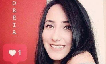 Mãe de Andriely visita ex-marido da filha e diz que policial 'só chora e pede perdão'