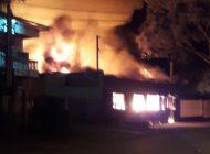 Fogo destrói  RockVille Bar no Campo Cumprido em Curitiba