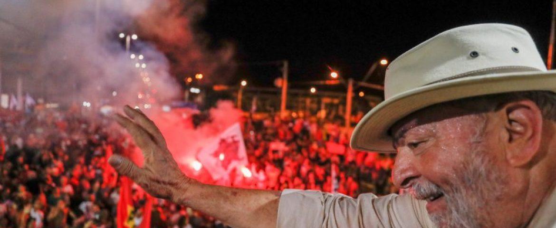 Lula diz que só não sai candidato se morrer ou se Judiciário rasgar a Constituição