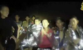 Último garoto e treinador são resgatados de caverna na Tailândia
