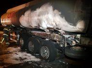 Carreta de combustível pega fogo em Campo Largo