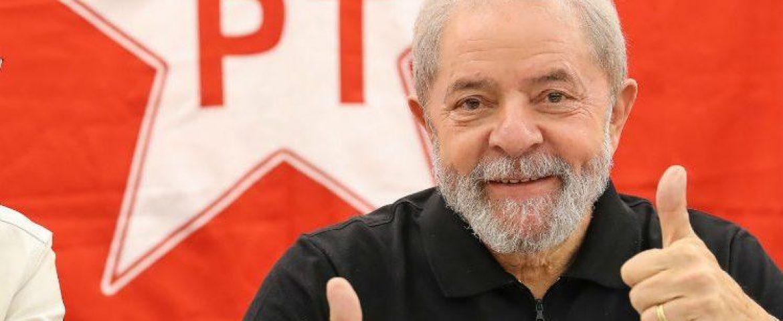 Pesquisas terão de incluir nome de Lula mesmo na prisão, apontam especialistas